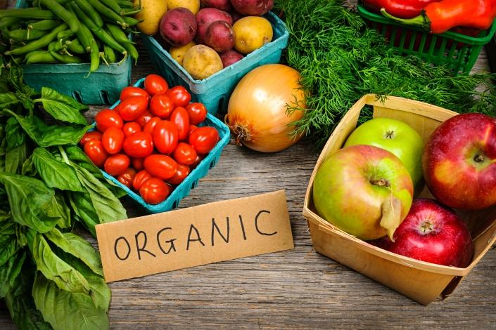 Organic_iStock_23389159_LARGE.jpg